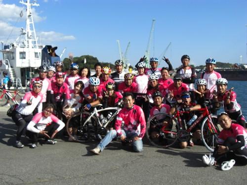 尾道サイクリング協会(OCA)さんとLEGON自転車紳士録の皆さんと一緒に記念撮影